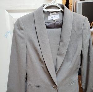 Pant suit